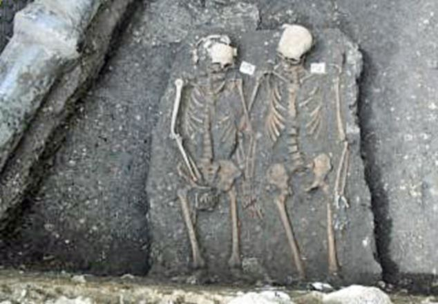 Rare romanian skeletons found holding hands-the greets love story